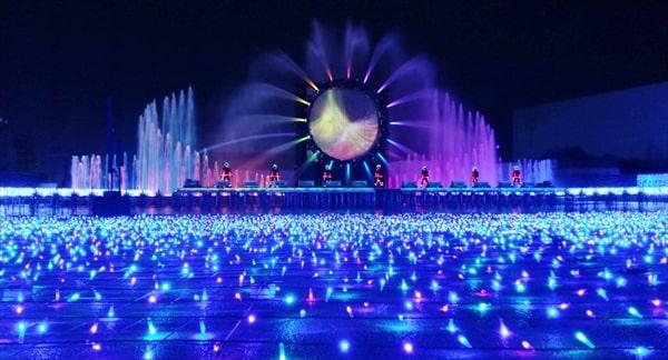 よみうりランドのイルミネーション ジュエルミネーション2020 噴水ショー「シルエット」